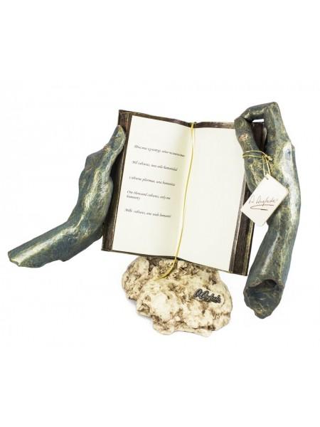 Скульптура «Тысяча культур»